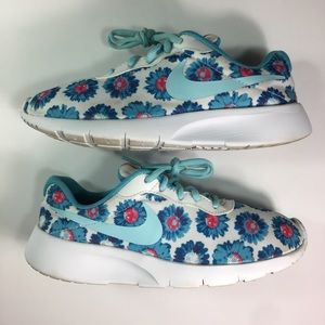 Nike Tanjun Flower Print Youth Athletic Shoes